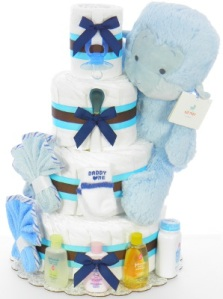 This blue moneky diaper cake is perfect for the shower of a baby boy