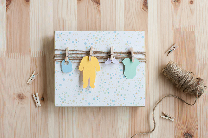 Chanced upon this adorable gift wrapping idea for a baby shower at ...