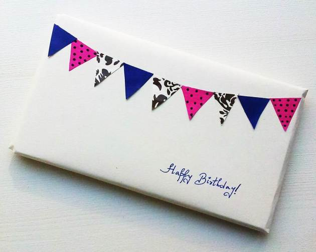 Bunting gift wrap